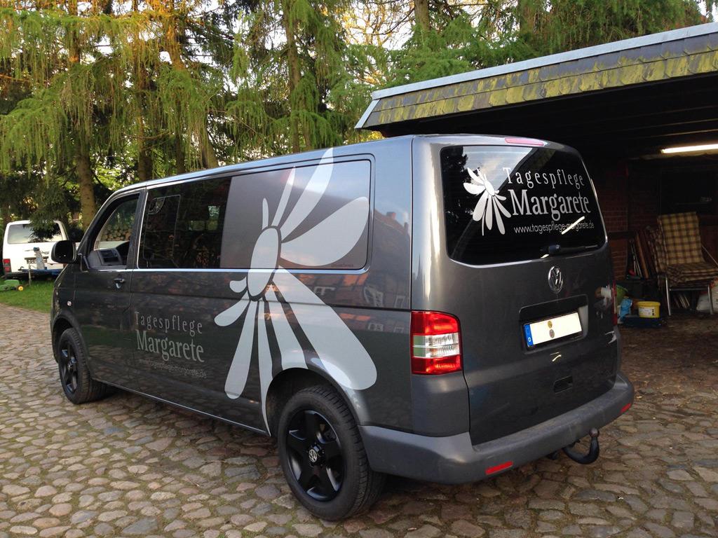 Fahrzeugbeschriftung VW T5 – Tagespflege Margarete